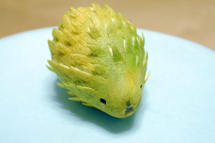 加菲猫造型柚子   刺猬造型柚子   网友们真的各个充满创意啊!图片