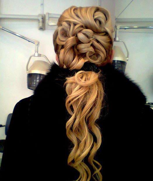 这种梦幻发型,叫花仙子?适合头发多的编发教程图片